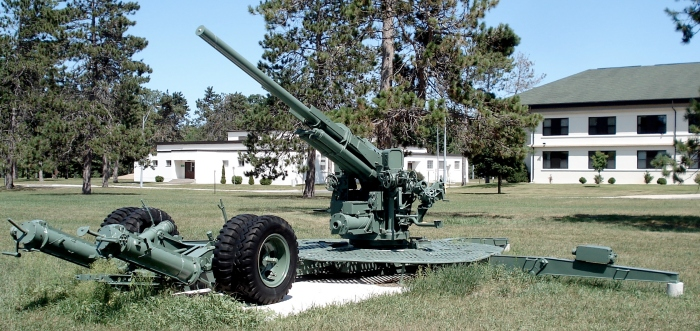 90mm_M1_AAgun_CFB_Borden